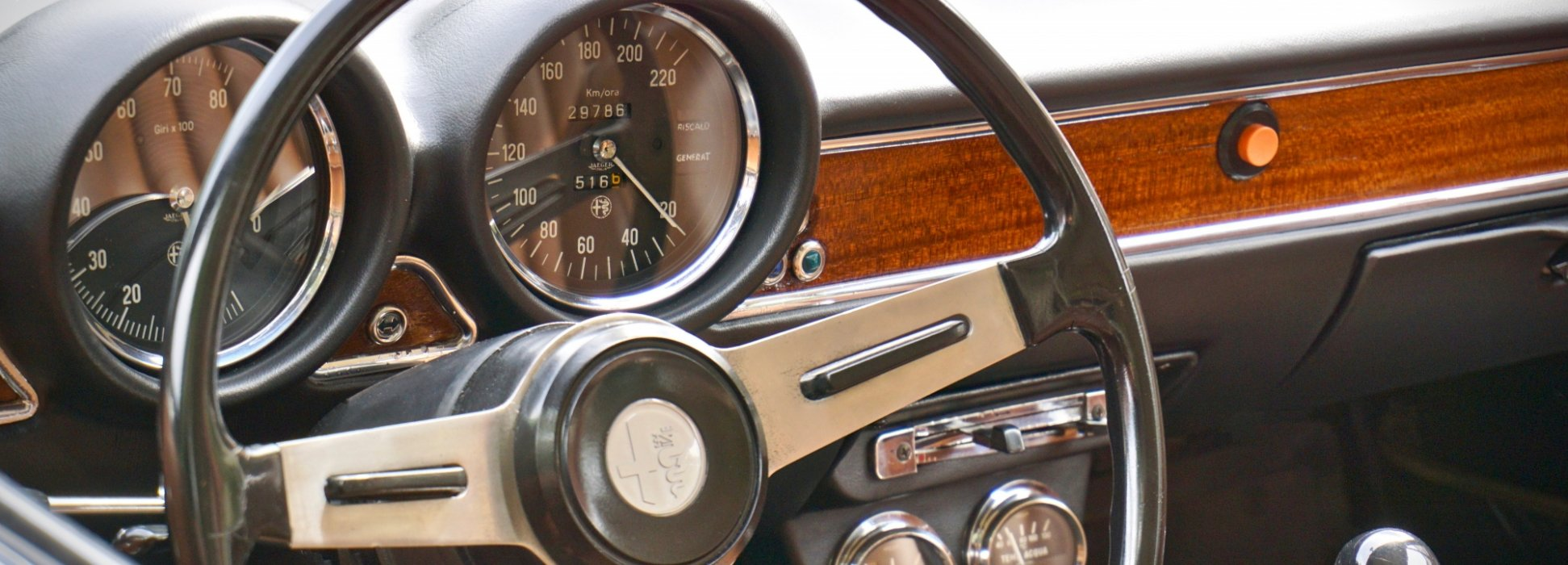 Alfa Romeo GT 1300 Junior 2