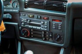 BMW 325 i E30 Touring 12