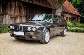 BMW 325 i E30 Touring 4