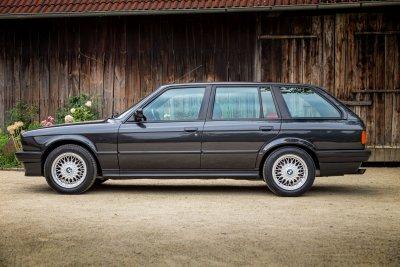 BMW 325 i E30 Touring 0