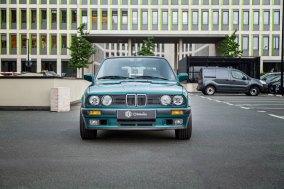 BMW 325 i E30 Touring  37