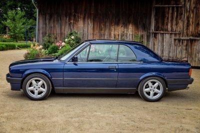 BMW 325 i E30 Cabrio 3