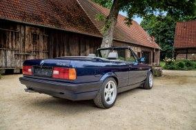 BMW 325 i E30 Cabrio 8