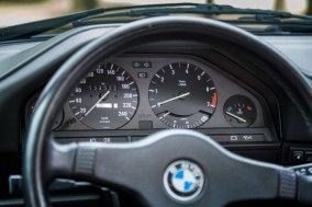 BMW 325 i E30 Cabrio 37