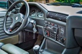 BMW 325 i E30 Cabrio 36