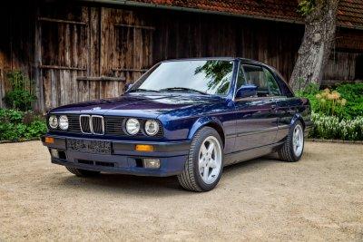 BMW 325 i E30 Cabrio 0