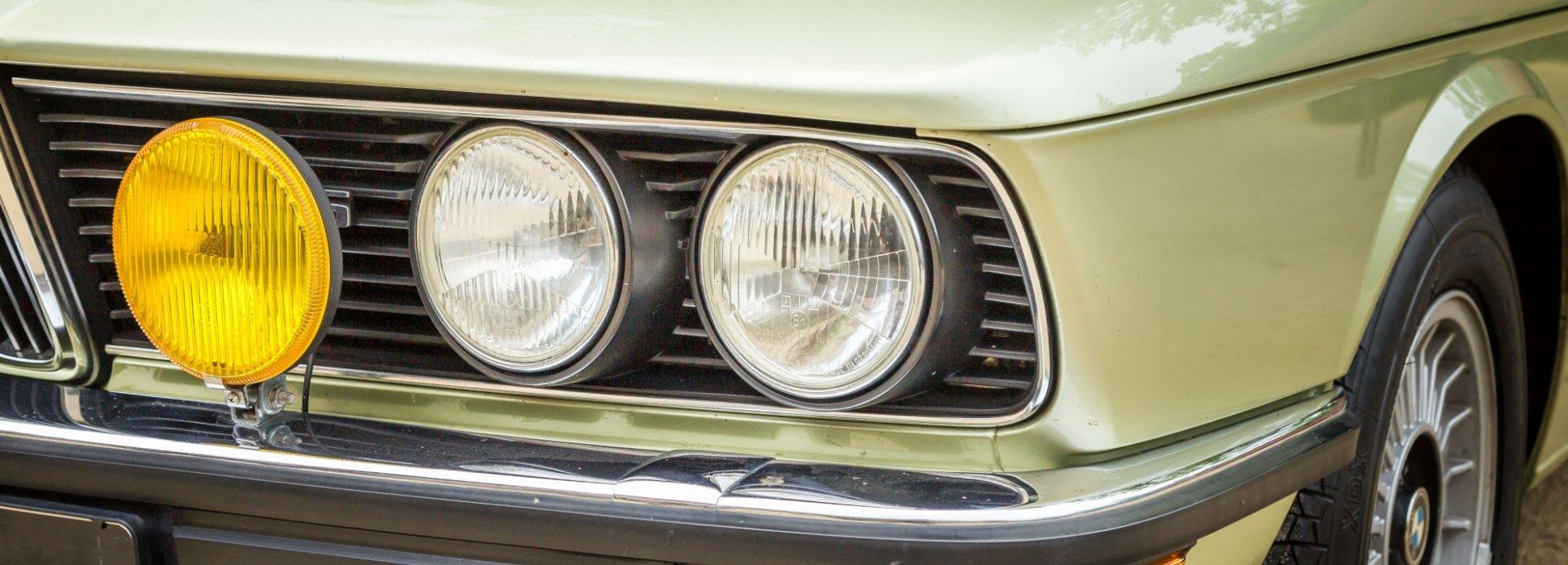 BMW 525 E12 Limousine 1976 1