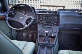 BMW 732 i E30 Touring  33