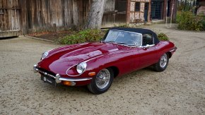 Jaguar E-Type Roadster 57