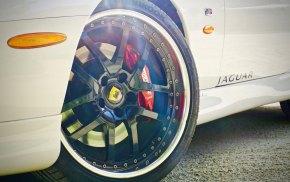 Jaguar XKR Coupé 36