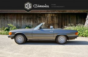 Mercedes-Benz SL 380 R107 4